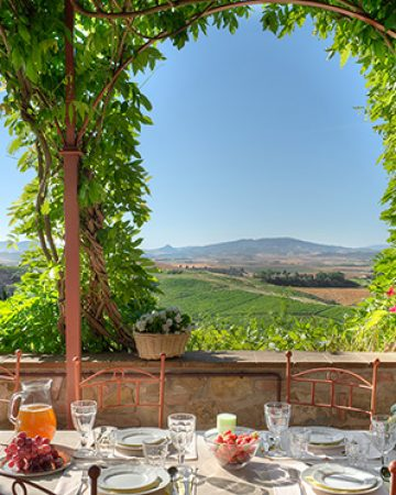 Rent your own villa in Tuscany with pool